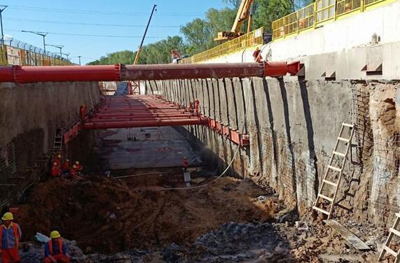地铁专用钢支撑工艺流程